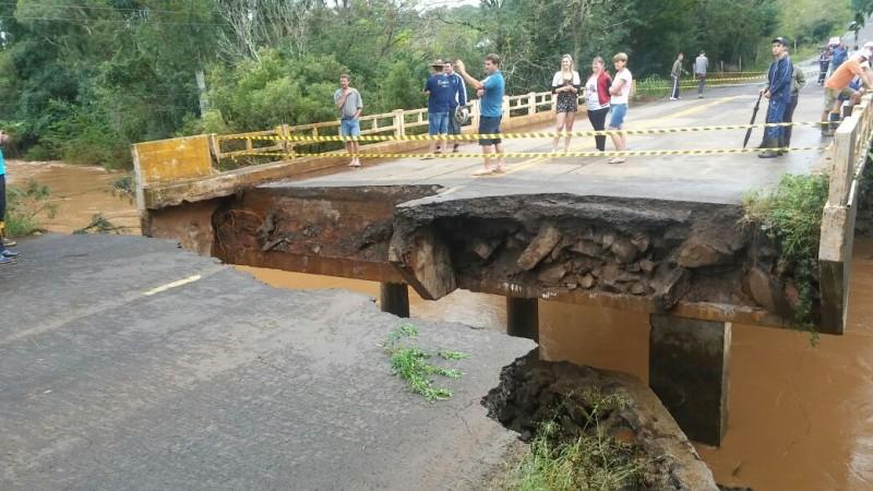 O fenômeno causou  diversos danos em São Miguel das Missões, noroeste do estado