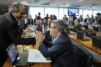 Senador Raimundo Lira foi eleito presidente; Antonio Anastasia, relator (d)