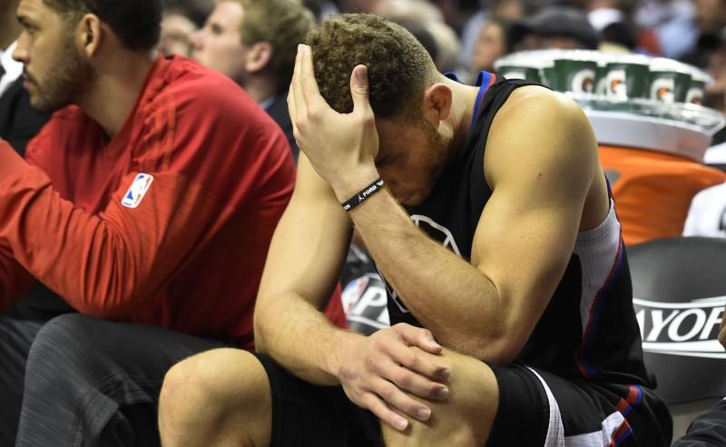 Griffin machucou o joelho e está fora da equipe