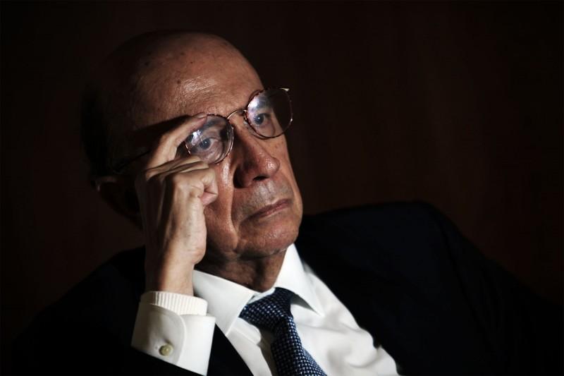 Henrique Meirelles defende 'ajuste completo' das contas públicas