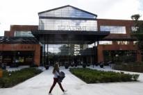 Empreendimento conta com 373 lojas, seis cinemas, 4,3 mil vagas de estacionamento e torre comercial