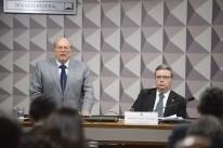 Senadores da base do governo criticaram o discurso do jurista Miguel Reale Jr.