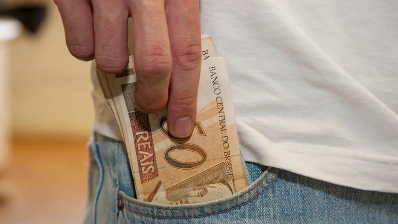 Inadimplência nessa modalidade passou de 12,8% para 15,3% no mês passado, segundo o Banco Central