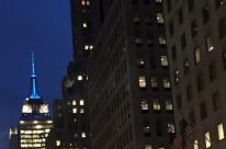 Empire State se ilumina para o horário de verão