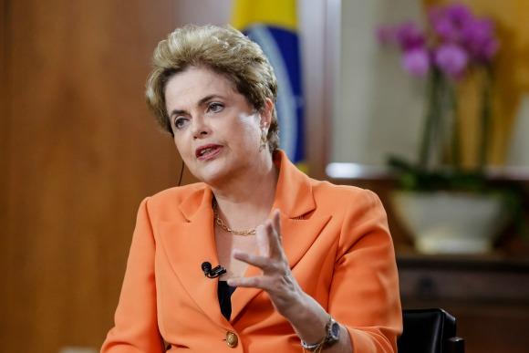 Dilma Rousseff voltou a afirmar que está sofrendo um golpe