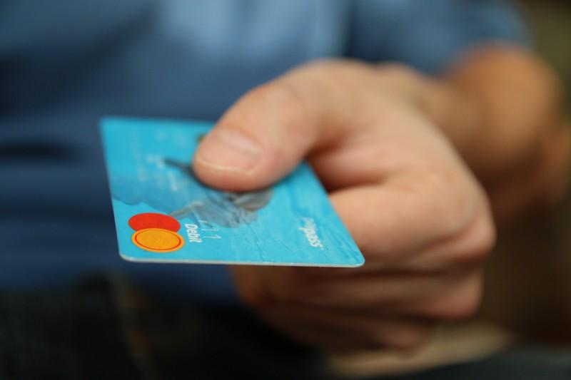 Contabilidade - Capa - IOF - viagem - cartão de crédito - divulgação visualhunt