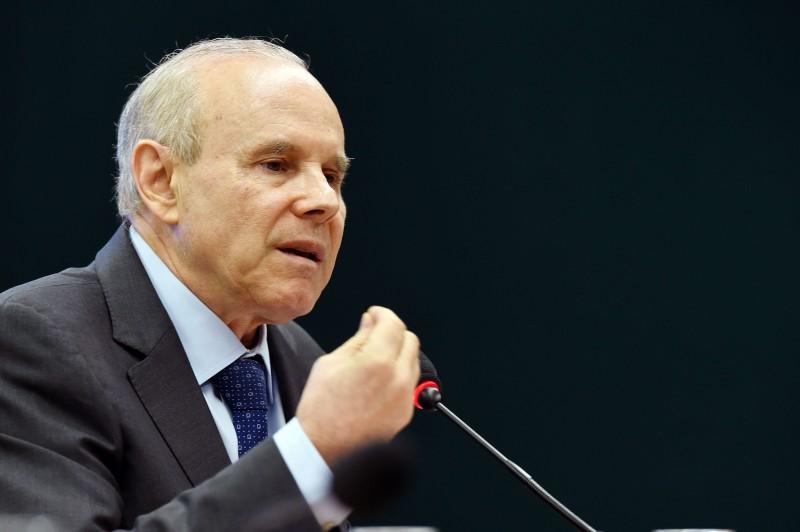 O ex-ministro Guido Mantega foi conduzido coercitivamente