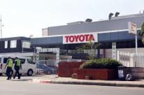 Toyota quase dobra lucro no 3º trimestre fiscal, graças a iene desvalorizado
