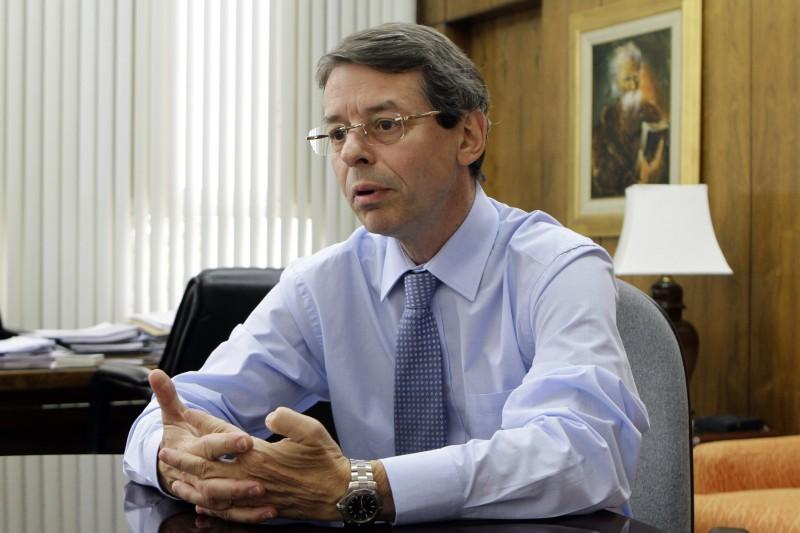 ENTREVISTA NO BANRISUL COM RICARDO HINGEL, DIRETOR DE RI (RELAÇÕES COM INVESTIDORES) E DIRETOR FINANCEIRO