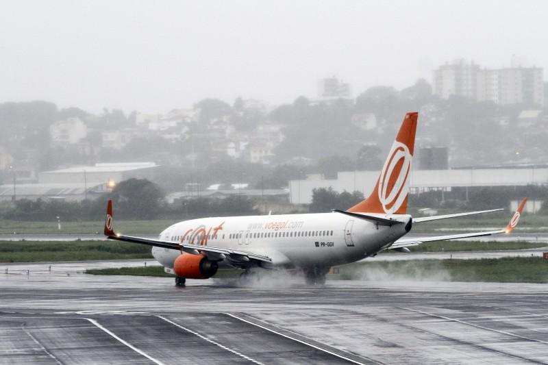 Companhia anunciou também a revisão dos contratos de leasing de aviões e venda antecipada de passagens