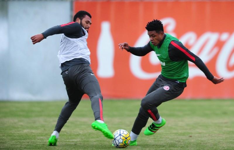 Anselmo (d) e Danilo Fernandes, tiveram os nomes publicados no BID