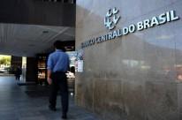 Bolsonaro assina projeto da autonomia do Banco Central