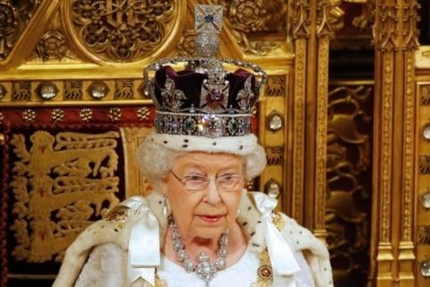 Rainha Elizabeth abriu sessão legislativa