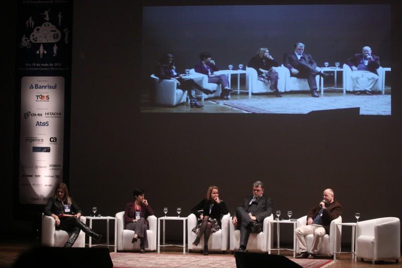 Fórum reúne especialistas brasileiros e estrangeiros em Porto Alegre
