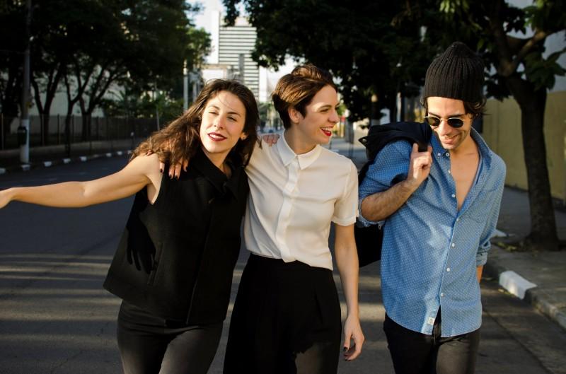 Maria Laura Nogueira, Thiago Pethit e Renata Gaspar são os protagonistas de Amores urbanos