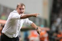 São Paulo oficializa a contratação do uruguaio Diego Aguirre
