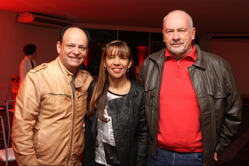 João Bosco e Teca Vaz com Francismar Siviero