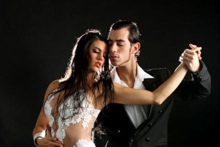 Espetáculo Tango...Viaje al sentimiento é atração no Theatro São Pedro