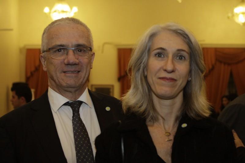 O cônsul-geral da Argentina, Carlos César Garcia Baltar, e Alejandra Expósito recepcionaram os convidados