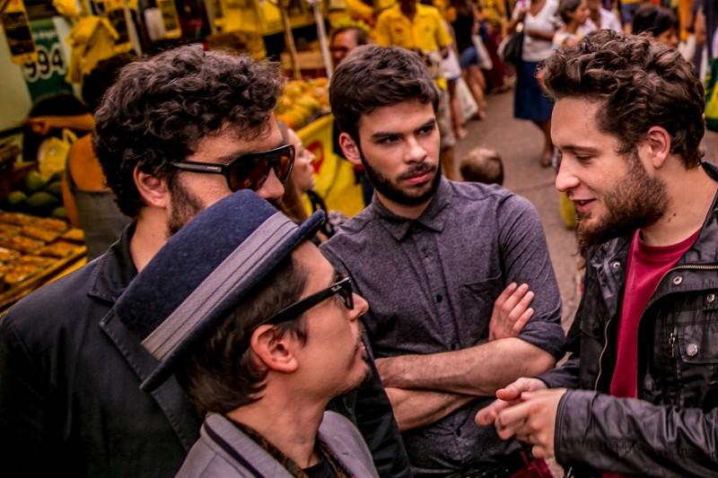 Com nova formação, banda Cartolas faz show no Opinião baseado em seu quarto disco