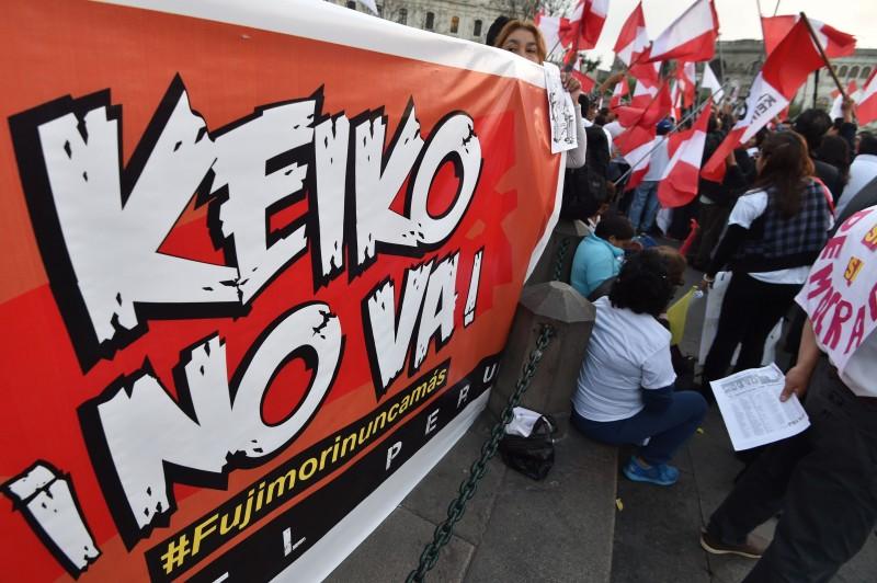 Apesar da rejeição, filha de Fujimori lidera pesquisas com 53,1% dos votos