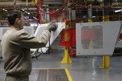 Atividade industrial tem queda recorde no Estado