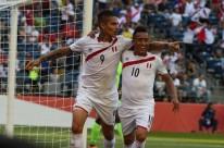 Indignado, Guerrero fala sobre suspensão imposta pela Fifa: 'Sou inocente'