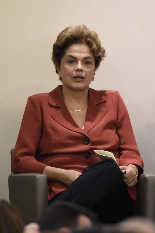 Defesa de Dilma Rousseff alegou segurança e livre direito de locomoção