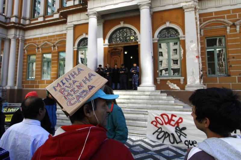 Pagamento do benefício sofre atrasos desde setembro na Capital