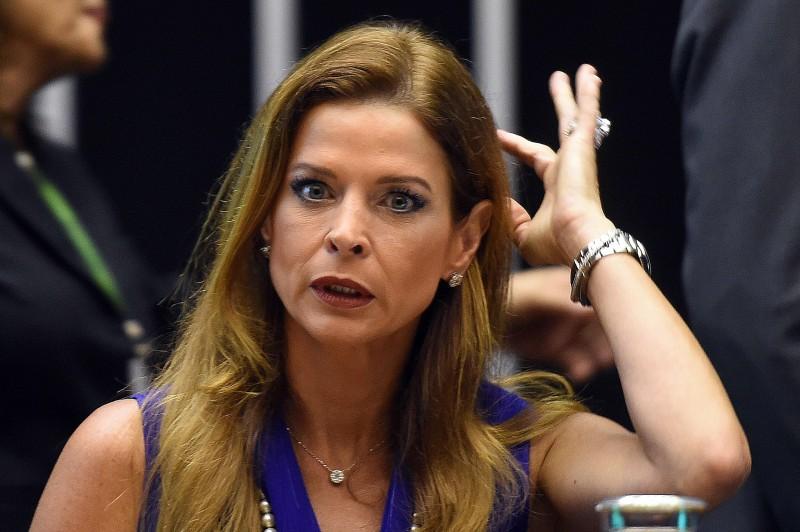 Entre 2008 e 2014, Cláudia Cruz gastou mais de US$ 1 milhão