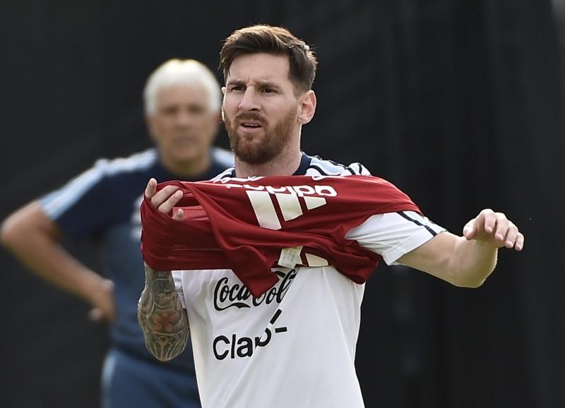 Lionel Messi está escalado para atuar contra os panamenhos