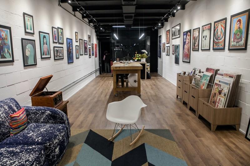 Dumbo Art Shop & Gallery recebe feira de vinil com discotecagem neste sábado