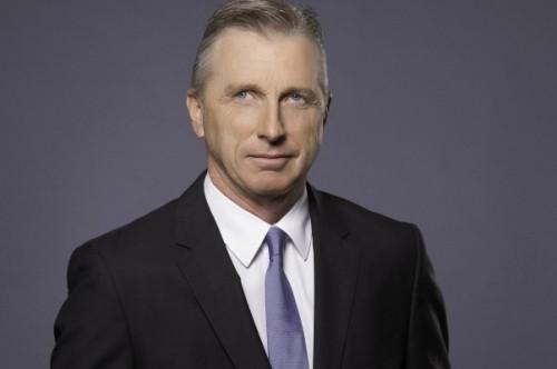 Powels iniciou carreira na Volkswagen em 1989, na filial da companhia na África do Sul