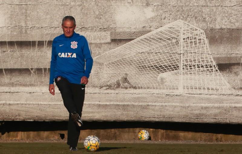 Técnico deixa o time paulista e realiza o sonho de comandar o Brasil