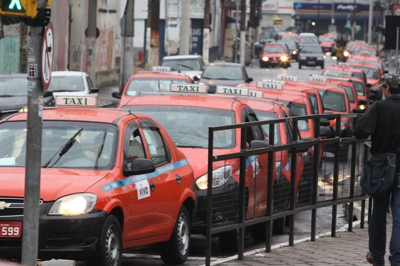 Atividade de transportes registrou a maior queda entre os segmentos pesquisados