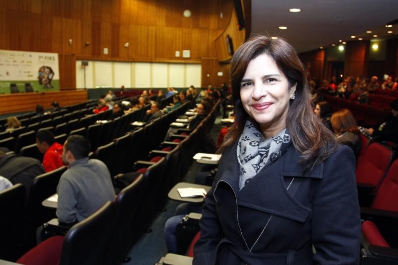 Denise Costa trouxe resultados do projeto voltado a catadores