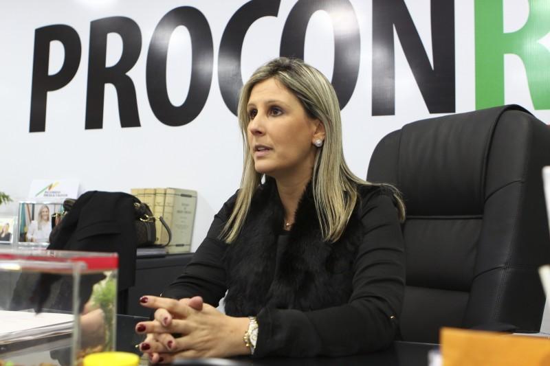 Entrevista com a Diretora-Executiva do Procon RS, Flávia do Canto Pereira