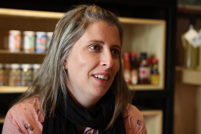 Ana Emilia fez palestra sobre criatividade aplicada à vida real durante edição do CreativeMornings POA