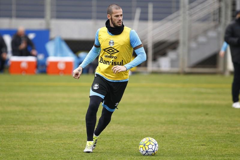 Fred treinou normalmente no CT Luiz Carvalho e vai reforçar o time na próxima rodada do Campeonato Brasileiro