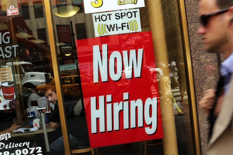 Geração de 38 mil vagas de trabalho, em maio, nos EUA, deve retardar a alta de juros