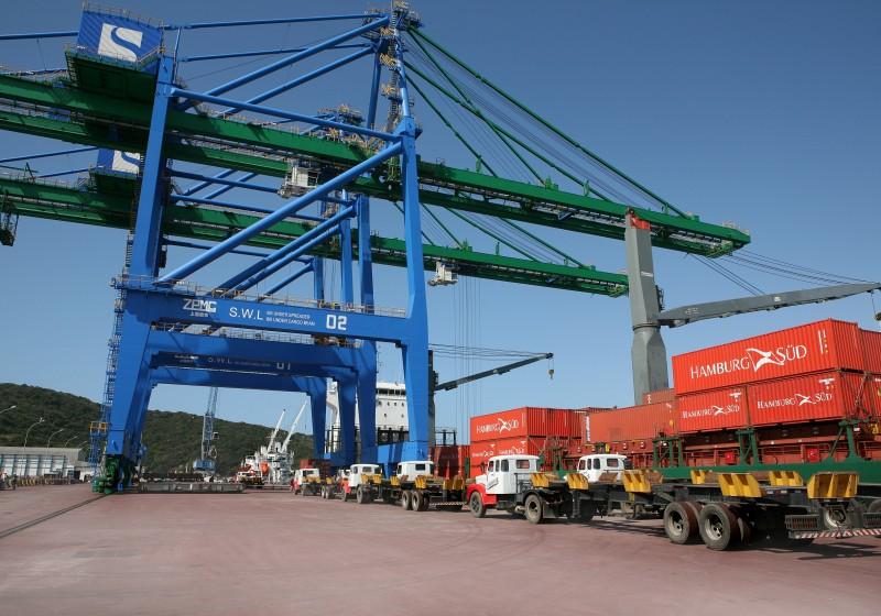 Estado importou US$ 833 milhões em mercadorias no mês passado