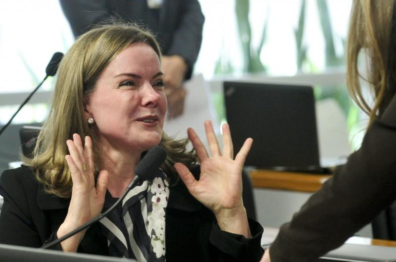 Comissão Especial do Impeachment 2016 (CEI2016), senadora Gleisi Hoffmann (PT-PR).