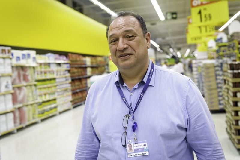 Monteiro comemora bons resultados e reforma na loja de Canoas