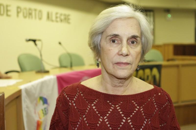 Carmem Craidy alega que projeto restringe a liberdade dos docentes