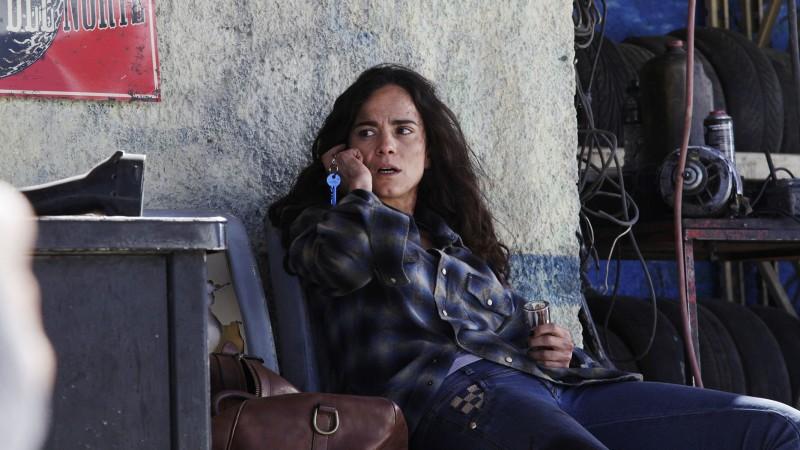 Brasileira Alice Braga protagoniza série norte-americana