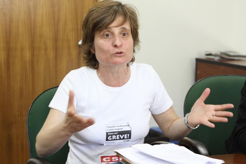 Vera Guasso está entre dissidentes