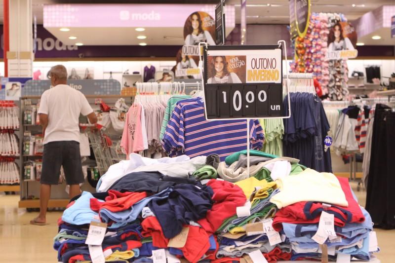 Roupas representam 68,5% da intenção de compra no período