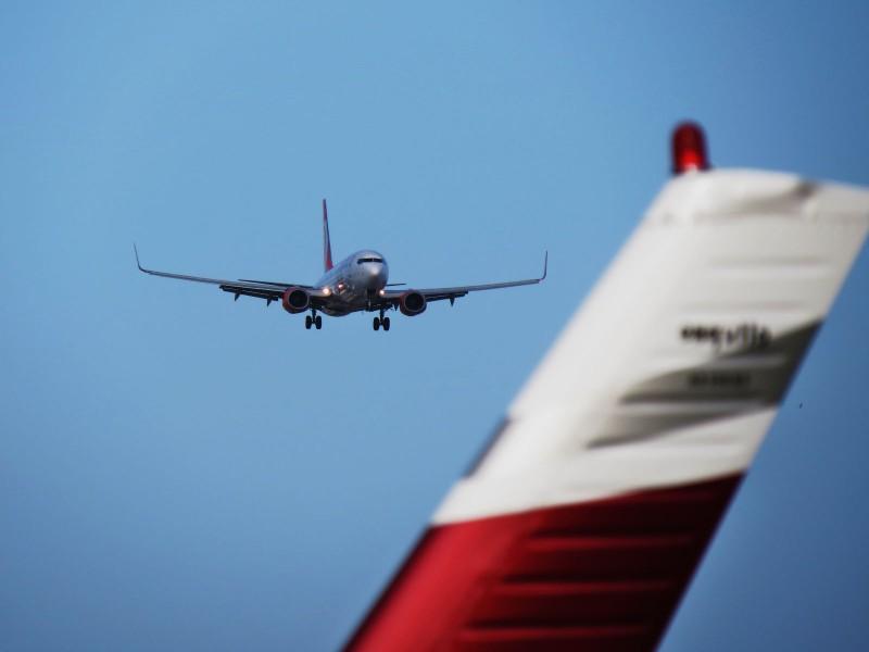 Exposição reúne fotografias de aviões