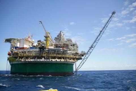 Produção de óleo e gás cresce pelo segundo mês