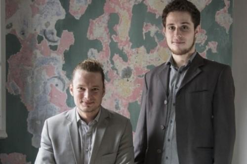 Dieter Axt e Lucas Moser Goulart comandam a editora Le Chien